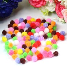 100 pcs Assorted 8mm Cor Misturada Pom Poms Pompons Fofo Macio(China)