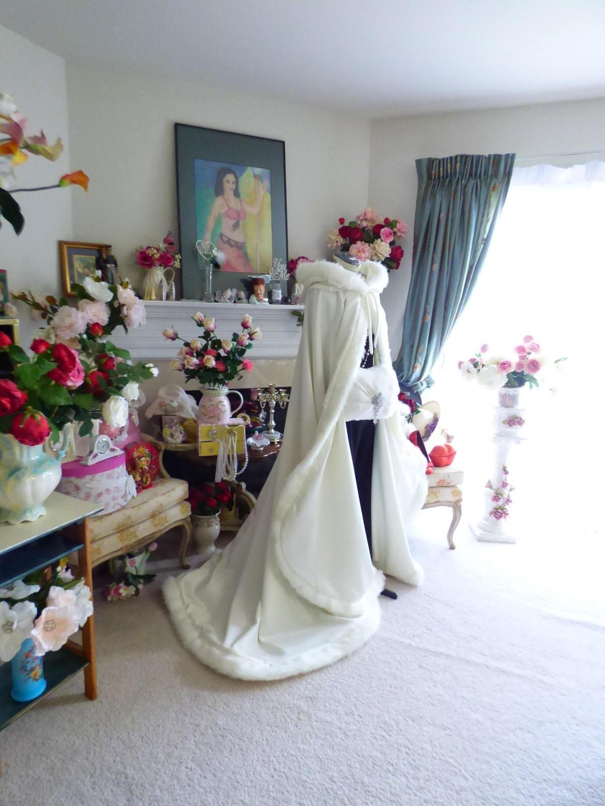 Victorian Winter Bridal Cape Ivory Satin With Fur Trim Wedding Cloak  Hood Cape  Fur Shawl