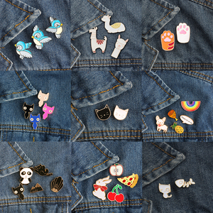 2-5pcs/Set Cat Dog Panda Penguin Cartoon Animals Brooches Bee Rabbit Fruits Enamel Pins Button Pin Denim Jackets Pin Kid Jewelry(China)