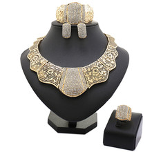 hot deal buy  2017 latest luxury big dubai gold plated crystal necklace jewelry sets fashion nigerian wedding african beads costume jewelry