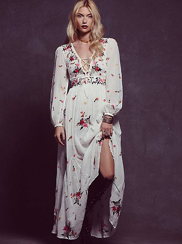 2eba015f18d UK Europe 2019 Summer Women V neck Long sleeve Ethnic Embroidery Bohemian  dress Hippie Boho People Maxi dress Vesdido-in Dresses from Women s  Clothing on ...