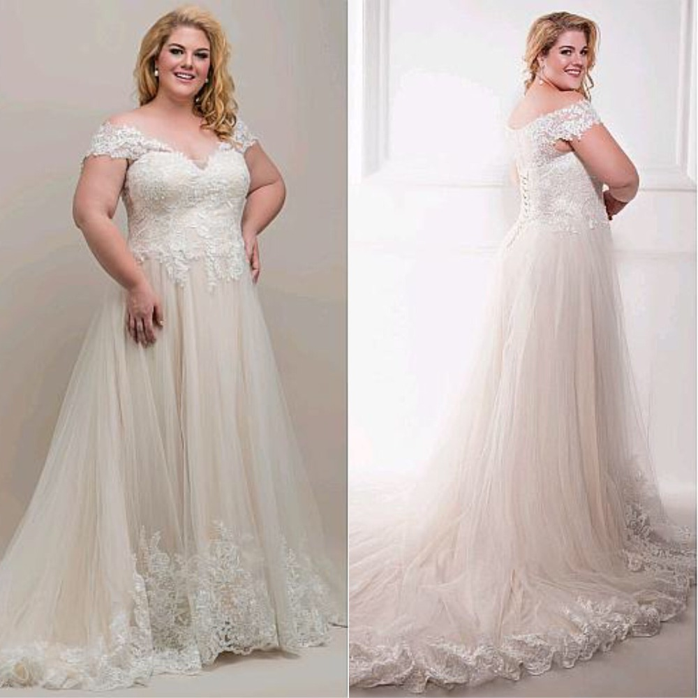 New Elegant Champagne Wedding Dress With Appliques Plus Size V-Neck Fabulous Tulle Off-the-shoulder Gowns Lace Bridal Dress