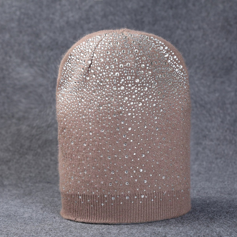 1pcs Autumn Winter Beanie Hats for Women Skullies Beanies Shining Rhinestone Hat Cap Female Knitted Hat Cap Bone Casquette Gorro 2017 new lace beanies hats for women skullies baggy cap autumn winter russia designer skullies