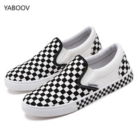 2019 New Men Popular Casual Shoes Male Sneakers Low top CLASSICS Plaid Vulcanized Canvas Loafers Driving Shoes Moccasin Tenis