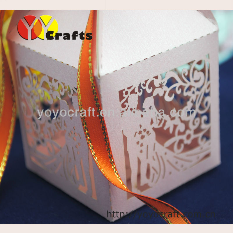Wedding supplys!Various colors kinds of laser cut candy box Laser cut wedding box Bride and Groom Wedding Favor