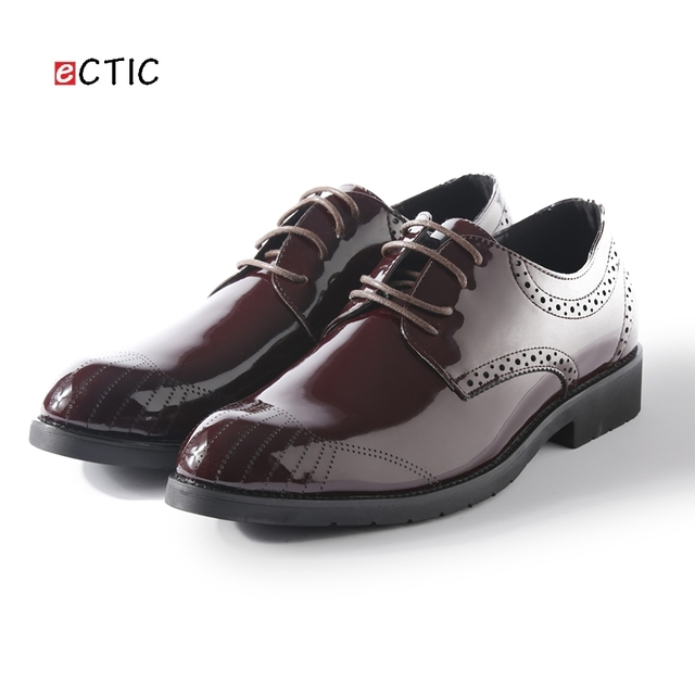 2017 New Arrival Retro Men Steampunk Shoes Shiny Patent Leather Pointed Toe Dress  Shoes Mens Wedding Calcados Black Red Burgundy bc85a3429650