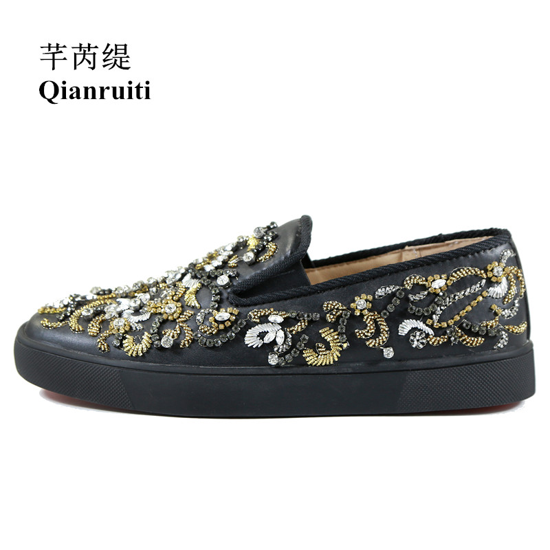 Newest Fashion Show Men Shoes Embroidery Crystal Flat String Beading Sneakers Rhinestone Slip-on Men Runway Vulcanized shoes