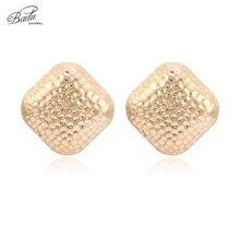 Badu Big Metal Stud Earring Women Rocky Punk Style Large Geometric Earrings Honeycomb Statement Jewelry for Halloween Party