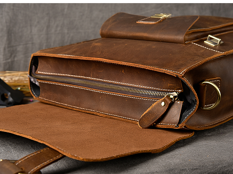 zipper of the owai luxury messenger backpack