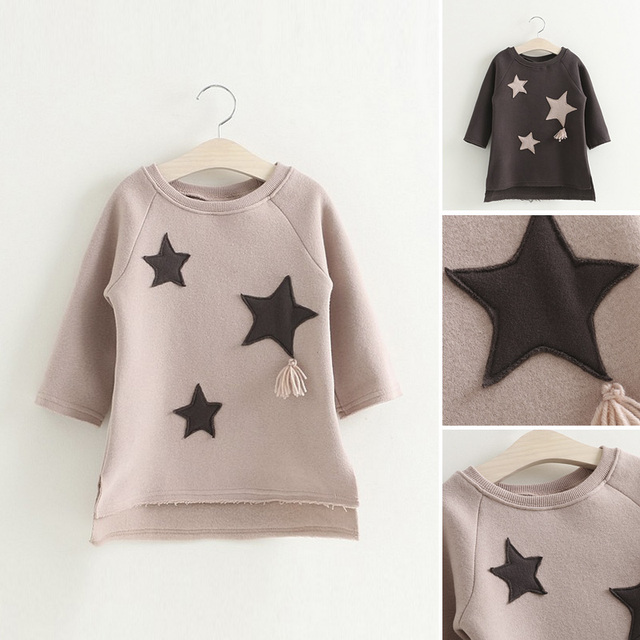 2017 new  Kids stars  sweater in the long  star  baby clothes children coat sleeve head cashmere coat loose 2-8T