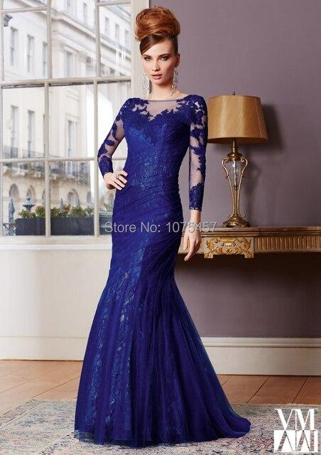 Vestido de madrinha de renda azul royal