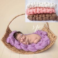 2016 Hot Newborn Baby Layering Knit posing blanket stuffer poser Basket filler bum blanket photography prop foto studio backdrop