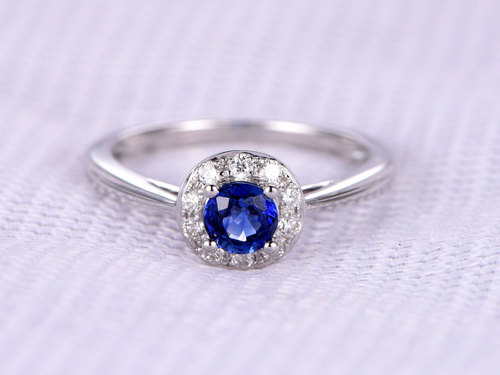 Natural Sapphire Engagement Ring VS Diamond Promise Ring