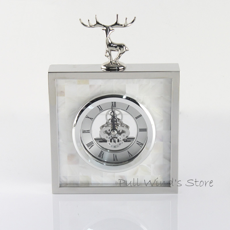 Horloge de table de ménage d'élan en argent de mode exquise horloges de bureau d'affaires de cerf animal créatif
