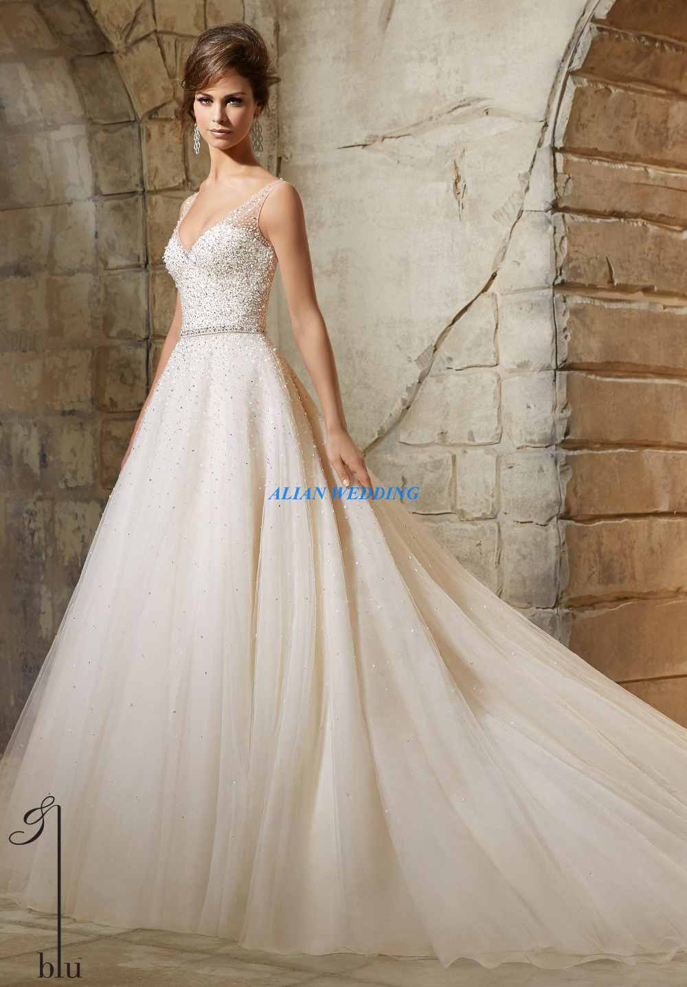 Luxury Peacock Beaded Wedding Dresses Princess Vestidos De Novia Sexy V Neck Bridal Gowns Low Back Custom White Organza NW3552 In From