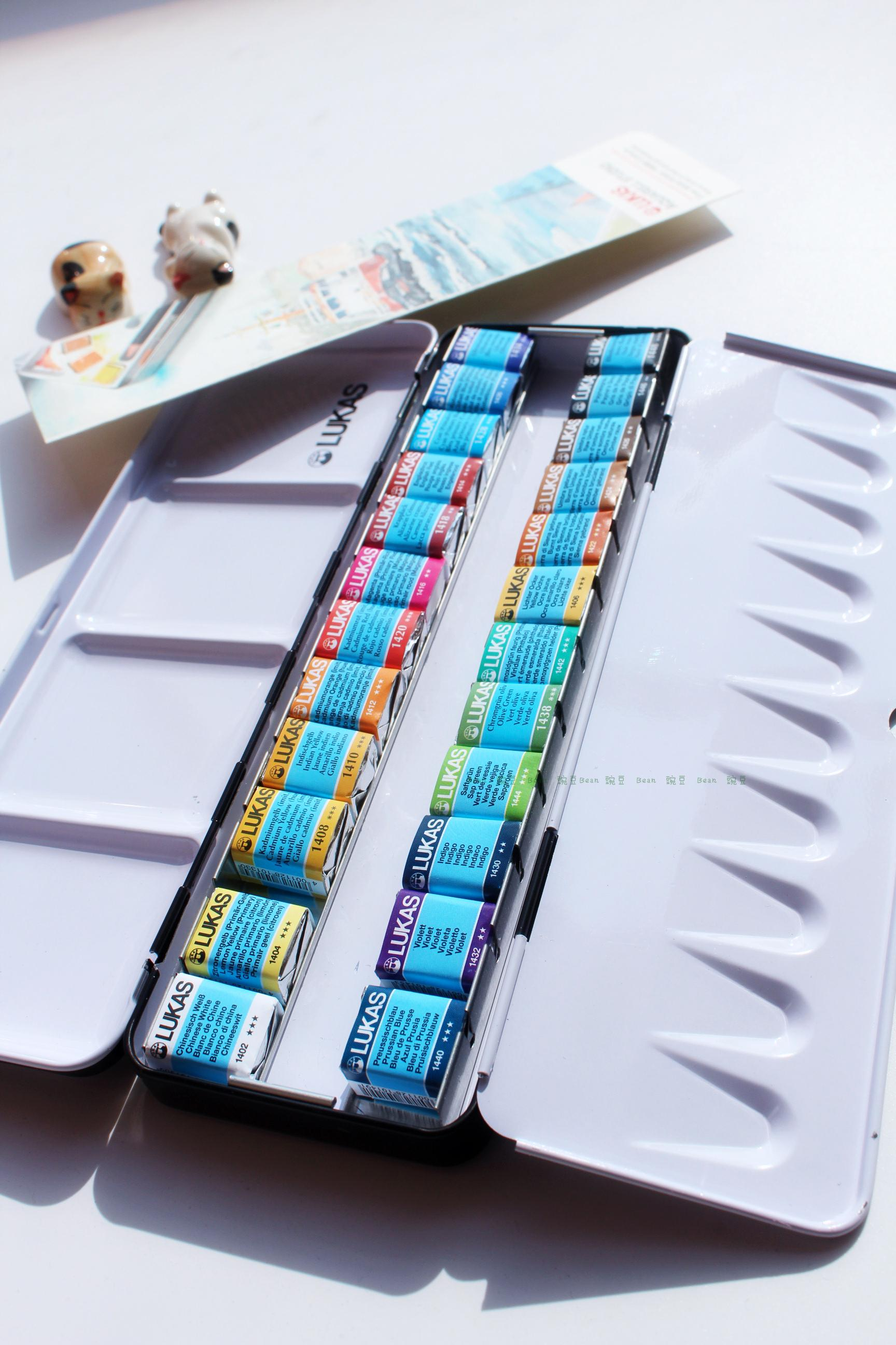 Купить с кэшбэком Free shipping New product LUKAS 24 color senior soid watercolor paint iron box suit
