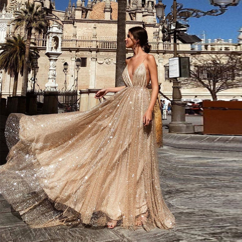 Sexy Deep V-Neck Backless   Evening     Dresses   Gold Sequined Tulle Robe De Soiree New Spaghetti Straps Long Party Gowns Abendkleider