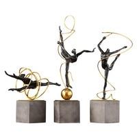 Retro Ballet Girl Figurines Old Wrought Iron Gymnastics Sport Art Sculpture Metal Handicrafts Living Room Decorations R787