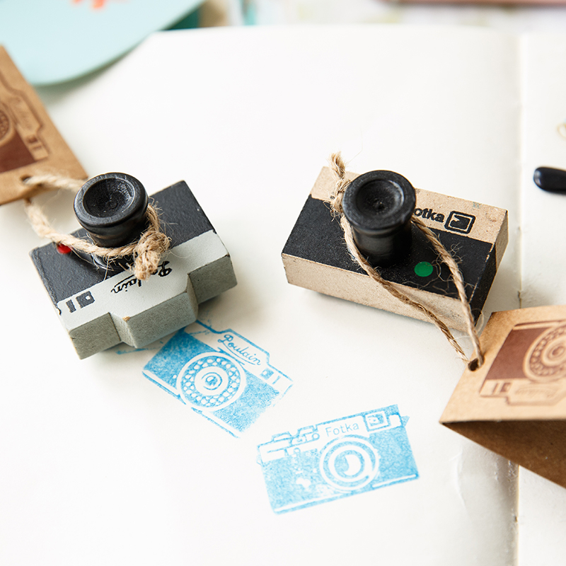 Lovely 2 Model Korea Wooden Retro Camera Rubber Stamp Seal Gray & Brown Diy Free Shipping fancytrader new style giant plush stuffed kids toys lovely rubber duck 39 100cm yellow rubber duck free shipping ft90122