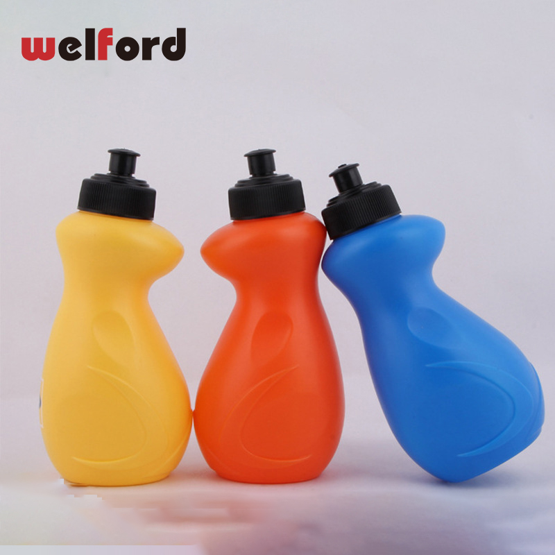 600ml Outdoor Water Bottle My Sports Bottles Eco-friendly with Lid Hiking Camping Portable Plastic Water Bottle Climbing Gift