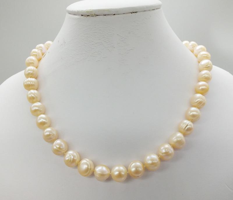 Collier en perles naturelles pour femme