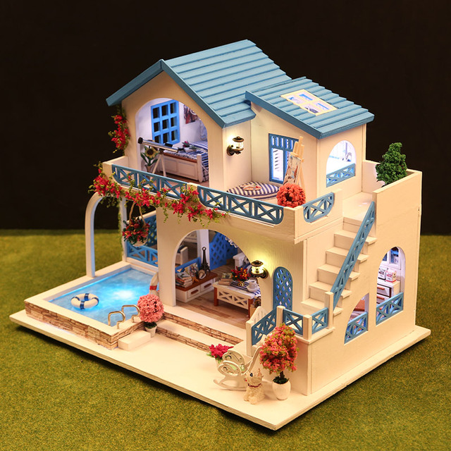 Pretty Two Layer Wood Doll House with Swimming Pool