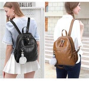Image 2 - Chuwanglinファッション本革mochila feminina学校のバックパックシンプルなバックパック旅行バッグB5180
