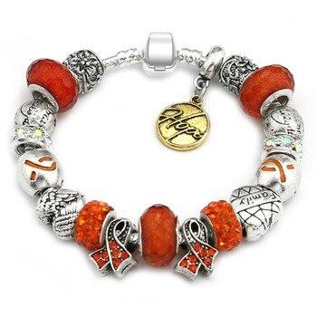 Venta caliente de KEORMA serie de Esperanza delicadas cintas de cristal rojo de forma redonda de mujer abalorios pulsera con letra de oro colgante de Esperanza