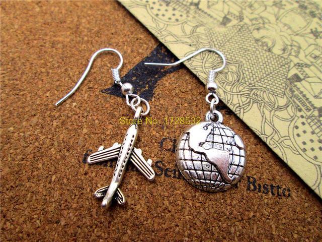 Mini globo de tierra de plata antigua, Mini Avión de moda, pendientes colgantes de pendiente de viaje del mundo