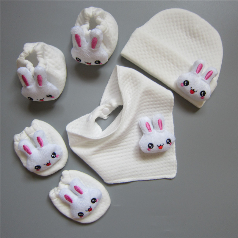 2016 Newborn Baby Cute Mittens Anti-scratching Sets 100% Polar Fleece Soft Warm Newborn Gloves, Hat, Bib 4pcs Mittens Sets