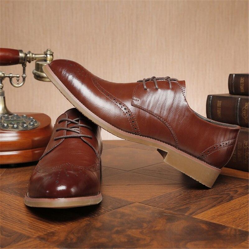 Formal Negócios Italiano Macio Elegante Masculinos Couro Brogue Flats Sapatos Casamento Luxo Preto Esculpir De Homens Aa51547 marrom Dos vnzfwABz