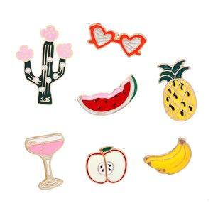 Мультяшные броши и булавки с фруктами, милые эмалированные значки с бананом оранжевого яблока кактуса, Значки для джинсов, рубашки, шляпы, з...