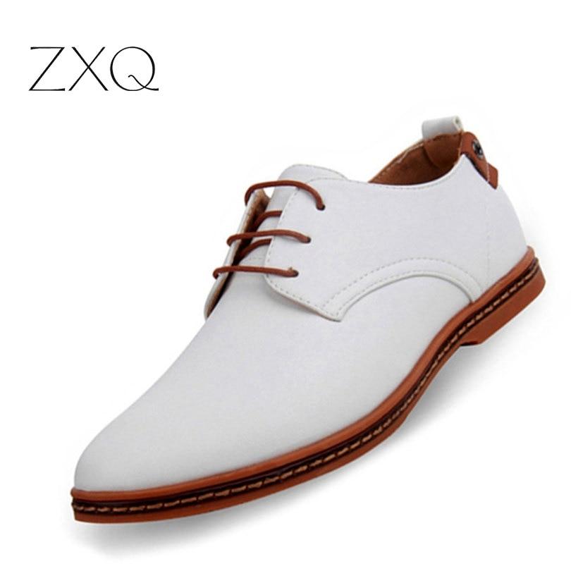 купить Hot Sale New oxford Casual shoes Men Fashion Men Leather Shoes Spring Autumn Men Flat Patent Leather Men Shoes WGL-K03-1 онлайн