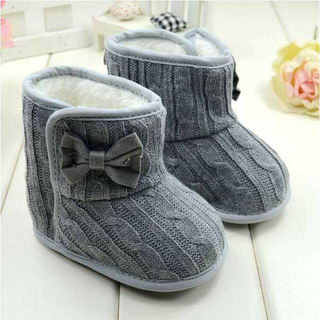Moda patrones que hacen punto gris cálido arco bebé botas de ...
