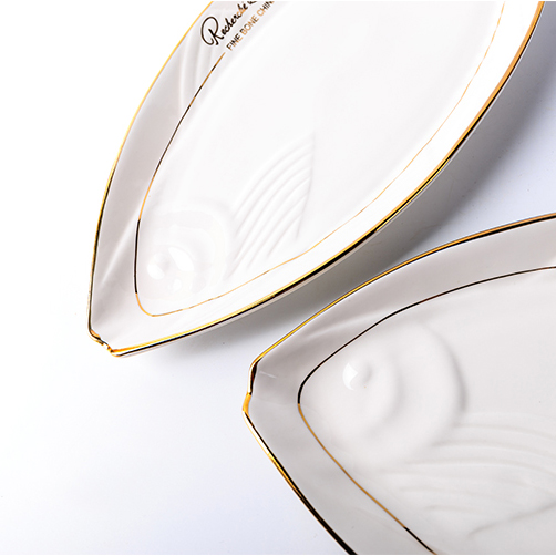 16in White Creative Ceramic Bone China Fish Shape Plate Gold Plated on glazed Dinnerware Flat Saucer Hotel Vegetables Eeg Dish-in Dishes \u0026 Plates from Home ...  sc 1 st  AliExpress.com & 16in White Creative Ceramic Bone China Fish Shape Plate Gold Plated ...