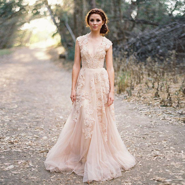 2016 Dusty Pink Boho Wedding Dresses New Hot A Line Cap Sleeves V Neck Lace Liques