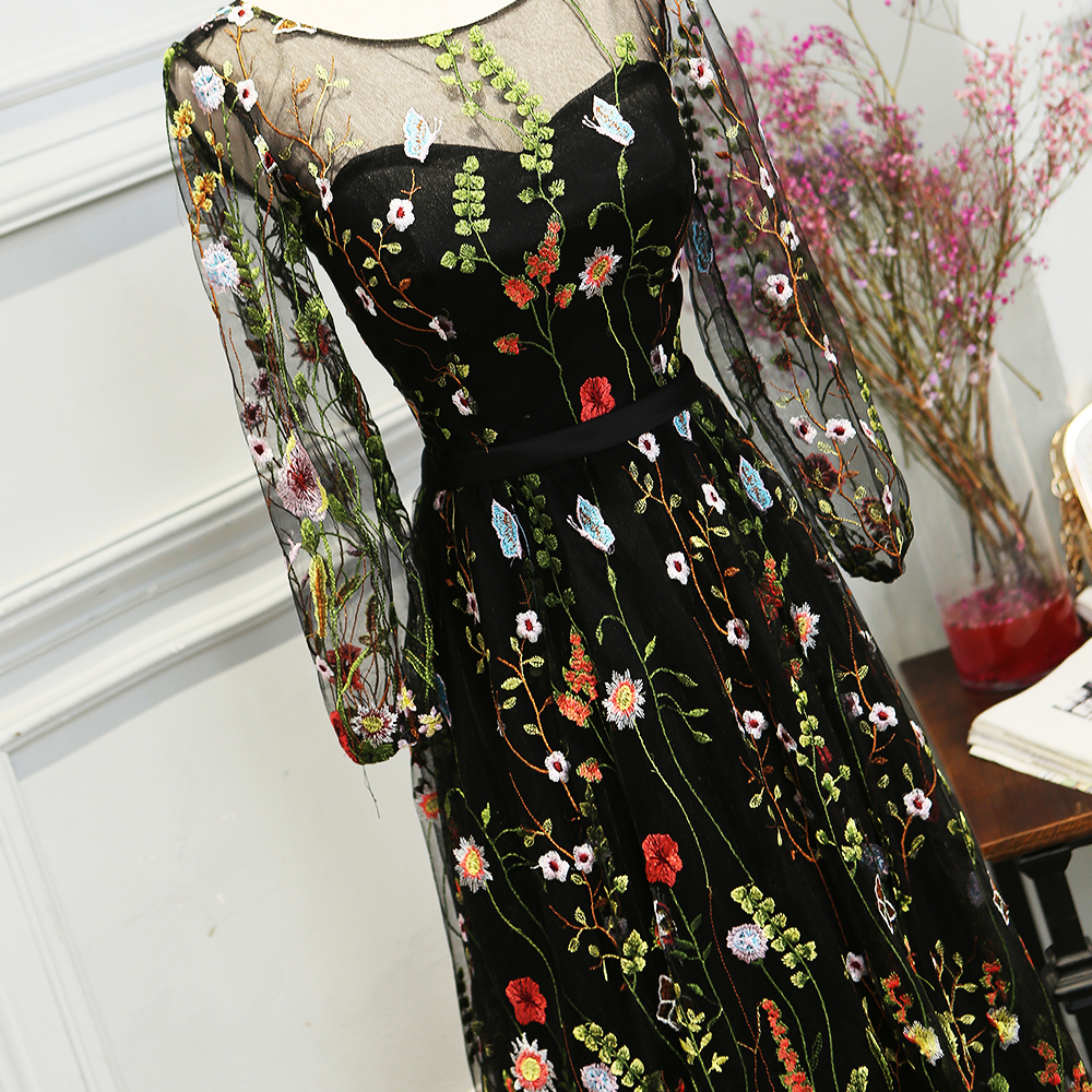 SOCCI Weekend Elegant Evening Dress Embroidery Bunga Lengan Panjang - Gaun acara khas - Foto 3