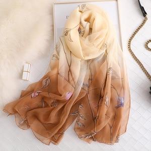Image 3 - Thương hiệu mùa hè 2019 LụA Nữ khăn choàng và đeo thời trang kích thước lớn mềm mại Khăn choàng Pashmina bãi biển stoles foulard echarpe Hijabs