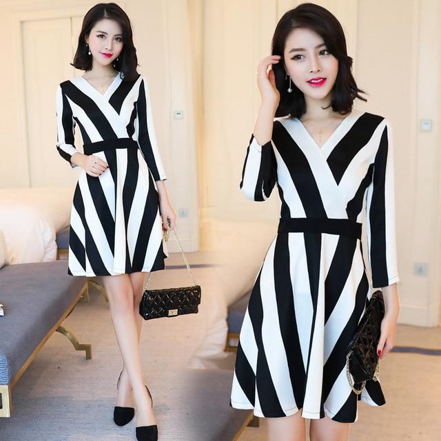 Dress female Autumn 2017 new fashion college style elegant temperament dress  V neck vertical striped dress AL401 966eafb21