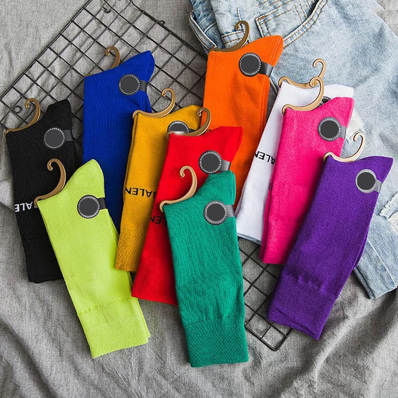 Harajuku Cool Skateboard Rainbow Skateboard Middle Tube Socks Fashion Art Hipster Colorful  Loose Cotton  Socks Female