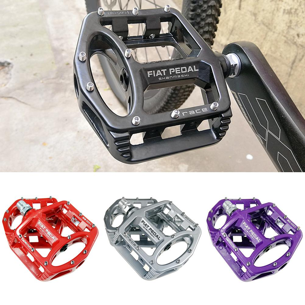1 Pair Magnesium Alloy Mountain Bike Bicycle Flat Pedal MTB Road Bike Bearing Pedals Comfortable Non-Slip Fixed Gear Bike Pedals