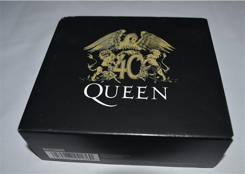 Seal: QUEEN 30 CD new free shipping free shipping in the minds of evil deicide cd seal
