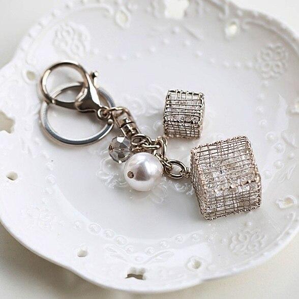 Alta calidad grande cristales cubo encanto perla llavero mujeres bolso de la cremallera para la muchacha joyería del regalo del amante
