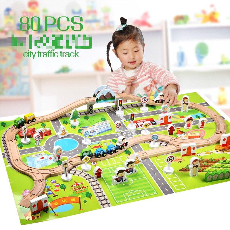 木製鉄道拡張トラック都市鉄道輸送シーンセットのテーマのおもちゃ木製ブロック子供のパズル列車のトラック組み立ておもちゃ  グループ上の おもちゃ & ホビー からの ダイキャスト & 車のオモチャ の中 1