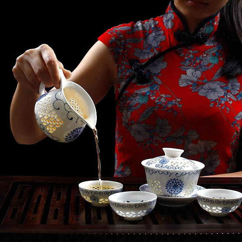 PINNY Chinese Culture Blue and white Tea Sets Jingdezhen Kung Fu Tea Set Ceramic Cup And Saucer Tea Ceremony Gaiwan in Teaware Sets from Home Garden