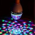 2 компл. E27 3 Вт LED красочные лампы, поворотные, мини лазерного света, небольшой магический кристалл диско-шар, рождество лазерный проектор