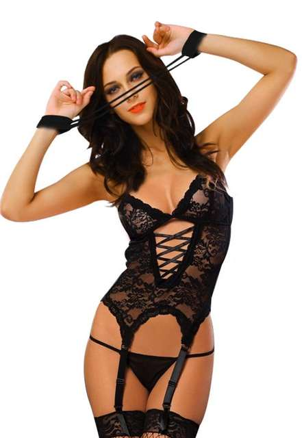 fcd6517e5b0 New women lace sexy lingerie petticoat handcuffs or buttocks with sexy  underskirt cultivate one s morality attractive