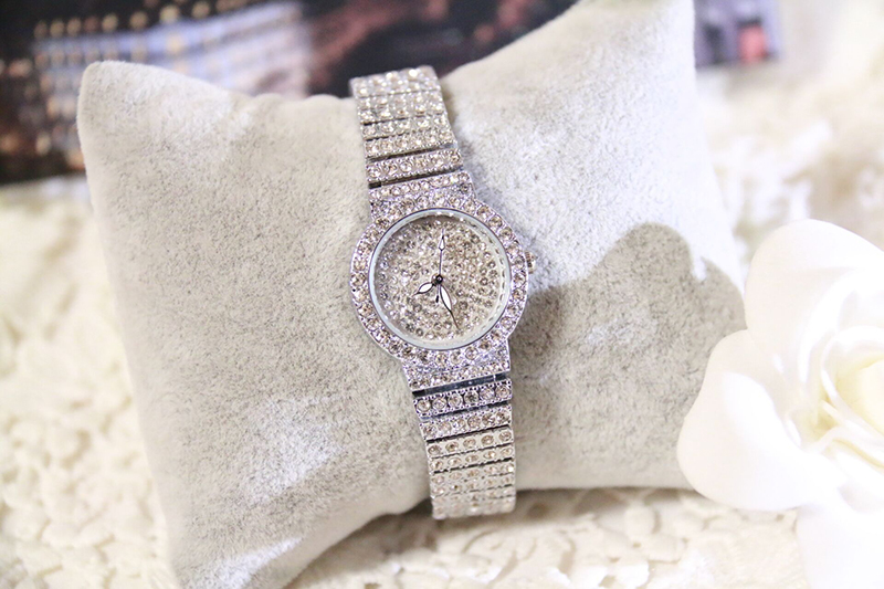 HTB1S6B4e3mH3KVjSZKzq6z2OXXaR Bs Bee Sister Diamond Women Watches Luxury Brand Small Dial Female Rose Gold Watches Ladies Stainless Steel Lock Bayan Kol Saati