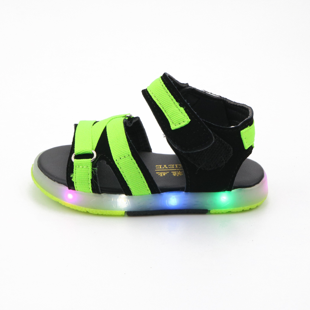 JUSTSL 2017 New Summer Children's Shoes Kids Boys Girls Soft Fashion Sandals LED Baby Beach Shoes