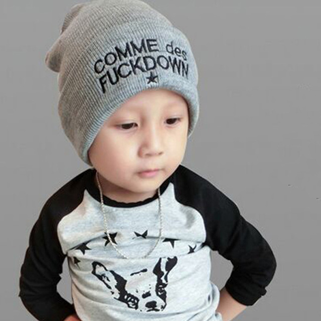 2018 New COMME Baby Caps for Children Baggy Hat Letter Embroidery Warm  Knitted Hat Winter Kids Beanies Cool Hip Hop Cap for Boys 4b92d0b9d8b